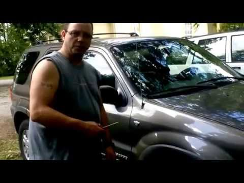 How To Change the Front turning signal bulb on a 2001-2007 Ford Escape The EASY Way