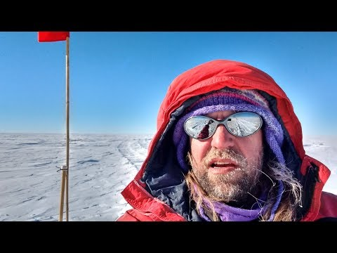 Traversing the South Pole: 14 days, 4 people and 750 kilometers