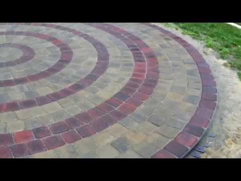 Circular Patio using Belgard Pavers kit