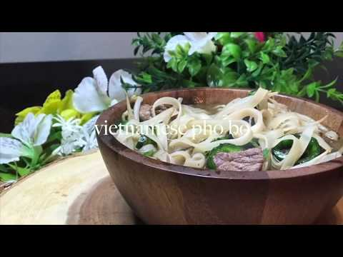 Homemade Vietnamese Pho Soup Recipe  /How to Make Oxtails Pho Noodle Soup