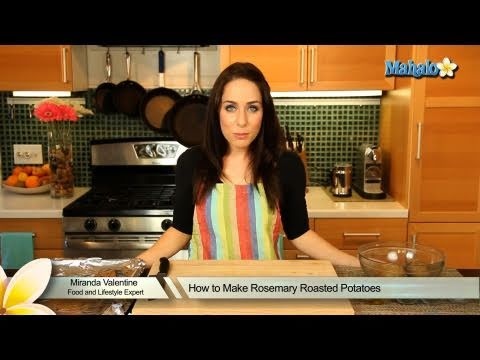 How to Make Rosemary Roasted Potatoes