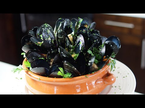 Mussels Mariniere Sauce – Bruno Albouze – THE REAL DEAL