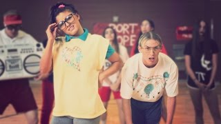 HIGH SCHOOL DANCE BATTLE III - GEEKS VS JOCKS! // ScottDW - Out My Mind