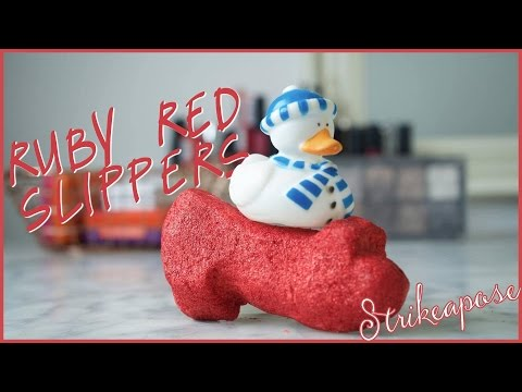 Red Ruby Slippers Bubble Bar Demo - Lush Christmas 2016!