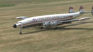 RC Super Constellation L 1049 - crash avoided during approach for landing