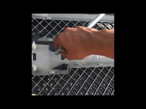03-07 Silverado grill removal
