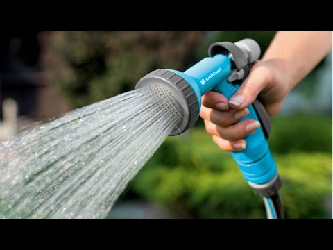 How to Make A Hand Sprinkler at home