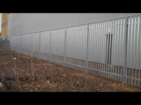 Steel Palisade Fencing - OI Manufacturing Harlow Essex