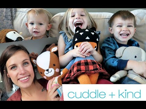 FIGHT CHILD HUNGER & GIVE A BEAUTIFUL GIFT! CUDDLE + KIND