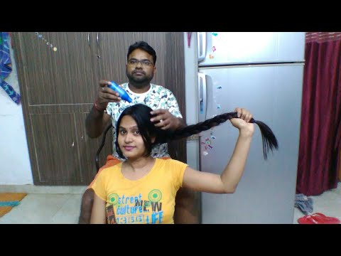 Indian Husband Giving Massages to wife's long hair#Parachute hair Oil#LucknowiGirl Ruchi