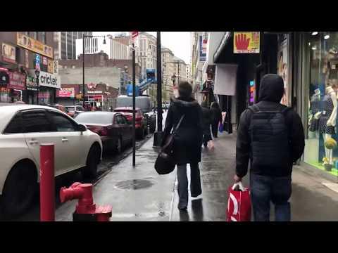 walking to Jay St subway in the rain, Brooklyn, New York (4-30-18)