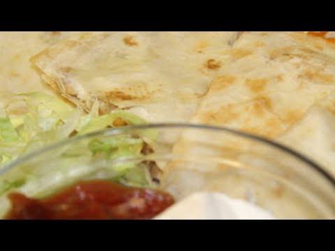 CHICKEN QUESADILLAS: Quick & Easy