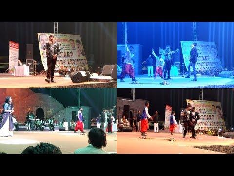 भोपाल शहर में पवन सिंह का जलवा Akshara singh से  प्यार  पर खुलकर बोले   - Pawan Singh Live Show 2018