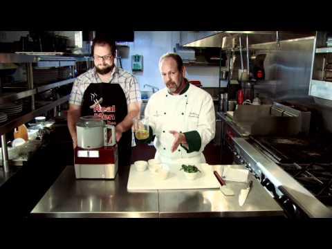 Basil Pesto / Sun-dried Tomato Pesto - The Savage Kitchen