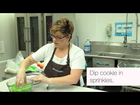 Decorating Tips | Iced with Sprinkles | Barbee Cookies | Tulsa Cookies
