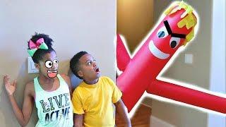 GIANT RED BALLOON MAN vs Shiloh and Shasha - Onyx Kids