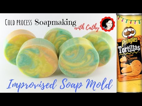 Cold process soap making using improvised soap mold tutorial how to use pringles can 093  