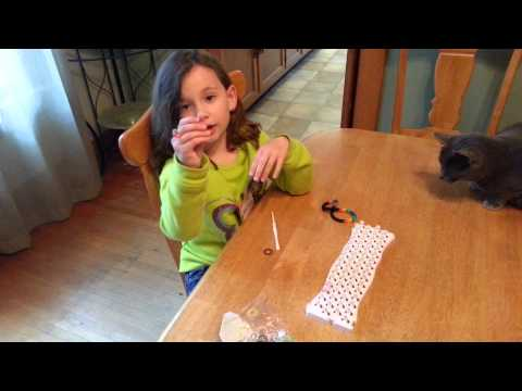 How to make a fishtail loom bracelet or necklace
