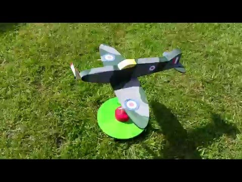 Spitfire - wooden model kit - (painted version) Solar powered propeller
