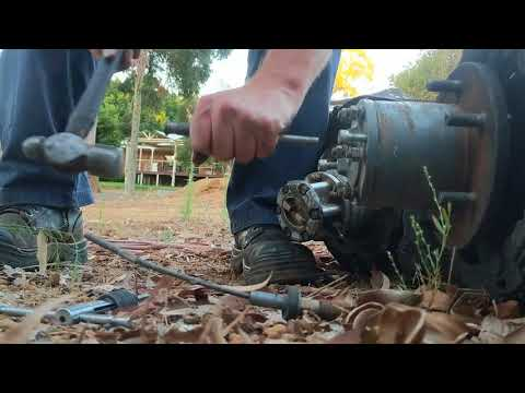 Removing landcruiser rear axle studs