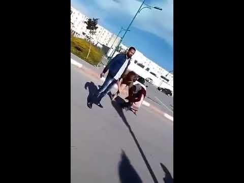 Xxx Mp4 فضيحه في جامعة الجزائر فتاة تنزع ملابسها وتمشي عريانة 3gp Sex