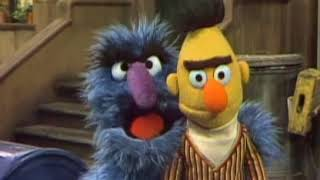 Sesame Street   What's The Name Of That Song ?