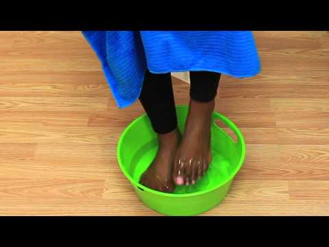 How to Get Rid of Hard Skin Between the Toes Naturally : All-Natural Beauty