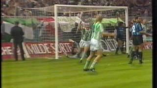 Franz Weber trifft zum 2:1 gegen Inter Mailand 1990