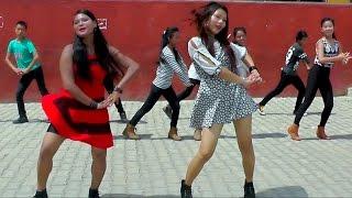 New Nepali Lok Geet 2073 (Handi Jhai Kaali)