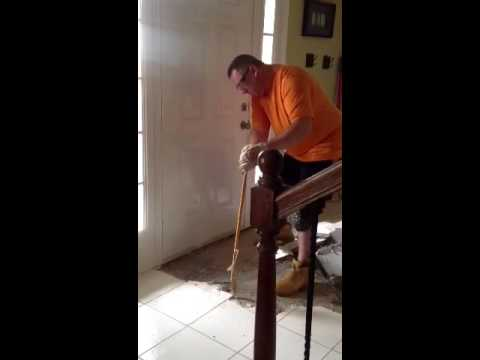 How to remove tile from subfloor