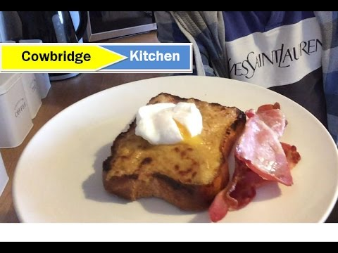 Welsh Rarebit with Poached eggs and crispy bacon