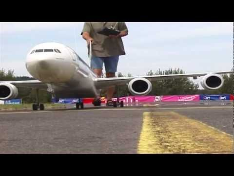 How builders make Giant Airliner RC Models and fly them
