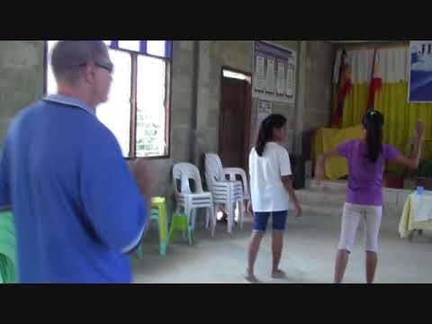 TRACY FROM AUSTRALIA A KILLER  DANCE MOVES ..LOL   ...-- FOREIGNER PHILIPPINES