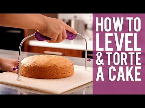 How to Level and Torte a Cake from Wilton