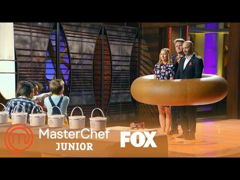 Gordon, Christina, & Joe Get Frosted | Season 6 Ep. 7 | MASTERCHEF JUNIOR