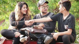 Rahil Khan: Asking Meri GF Ban Jao😜😂 Prank | Prank On Cute Couples | Prank In India | {Brb-Dop}