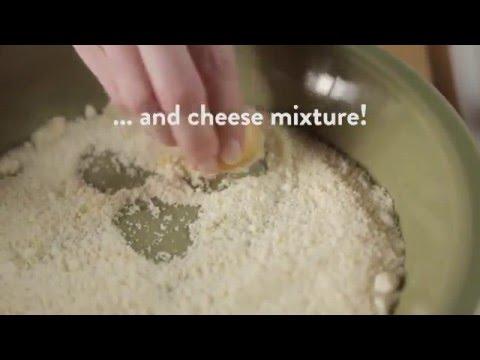How to Make Crispy Parmesan Baked Potatoes