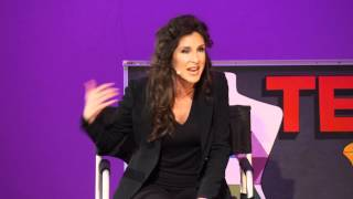 In my chair -- a makeup artists perspective on beauty: Eva DeVirgilis at TEDxRVAWomen