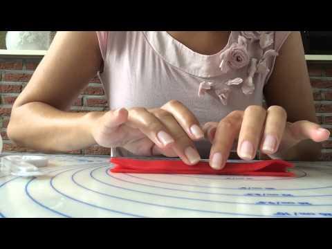 How to marsepeinen rolroosje / How to marzipan rose - Katriens Kitchen
