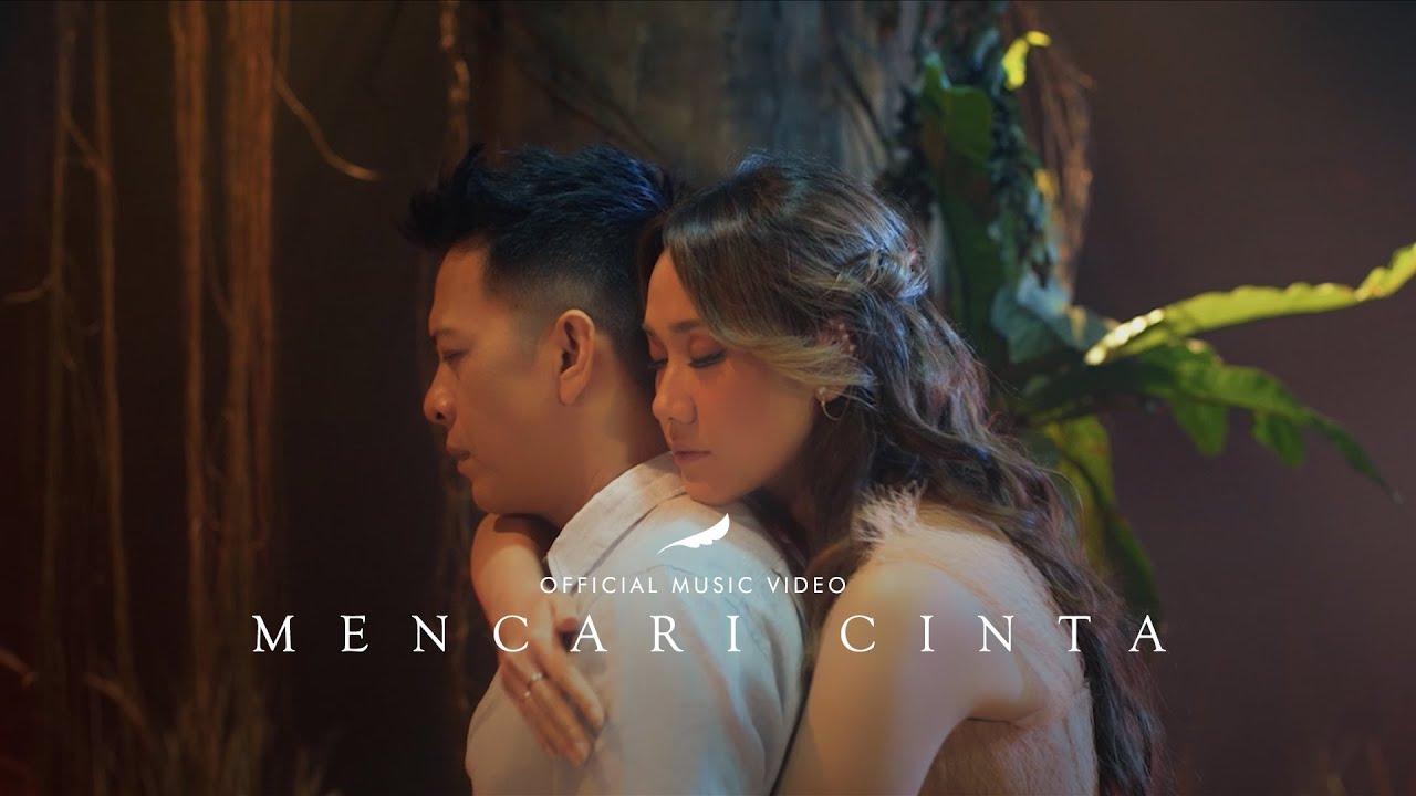 Download NOAH Feat. BCL – Mencari Cinta (Official Music Video) MP3 Gratis