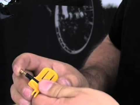 Shortening hoses of a MAGURA disc brake