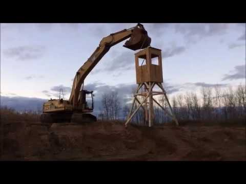How To Build a Deer Stand - 10 Minute DIY