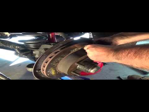 Ball Joint Replacement on 1990 Ford Ranger 2X4