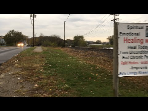 MetroNorth commuter train arrives in Danbury CT Live
