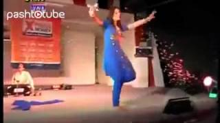 Nazia dance at home lahore 5