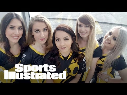 Dignitas: How The 76ers' Team Is Changing The Image Of Female Gamers | SI NOW | Sports Illustrated