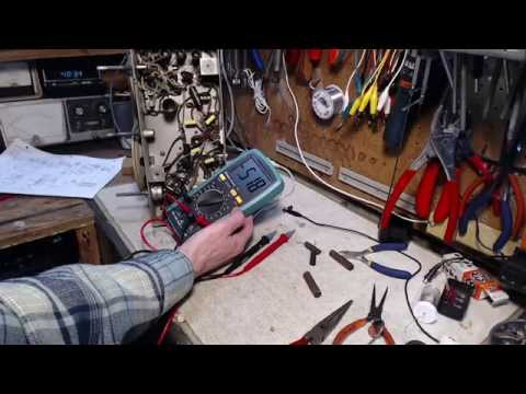 RCA Victor A-23 Vacuum Tube Radio Video #3 - Paper Capacitors