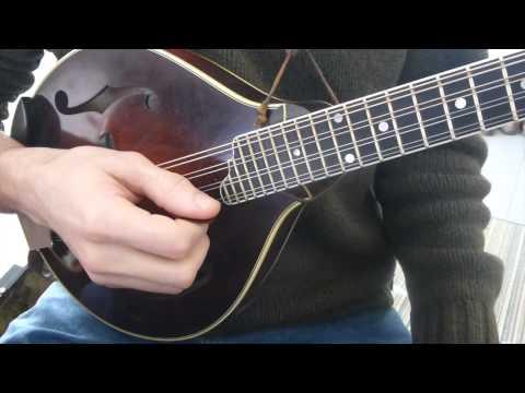 Learn To Play Tremolo - Mandolin Lesson