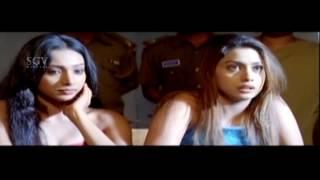 Kannada Scenes | Police Attack Hebbuli Sudeep Kannada Scenes | Hubballi Kannada Movie
