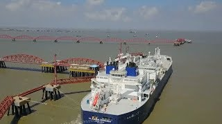 China begins importing Russian natural gas from Arctic